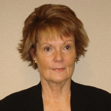 Photo of Vicki Burns Regional Property Manager at Regency Centers
