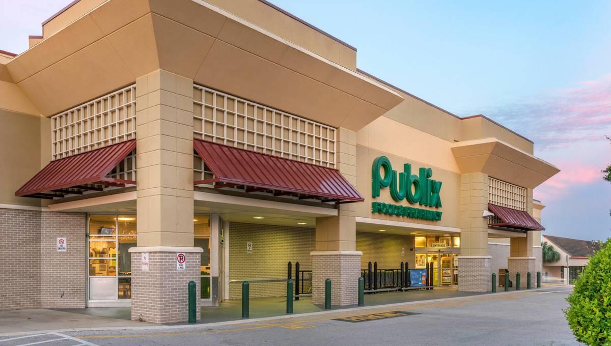 Regency Centers Property Pine Tree Plaza in Orange Park, FL 32073