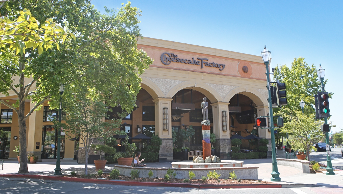 Photo of Regency Centers Property Plaza Escuela in Walnut Creek, CA 94596