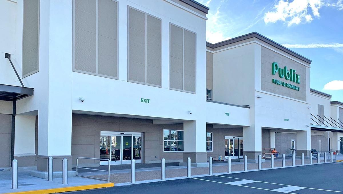 Photo of Regency Centers Property Bloomingdale Square in Brandon, FL 33511