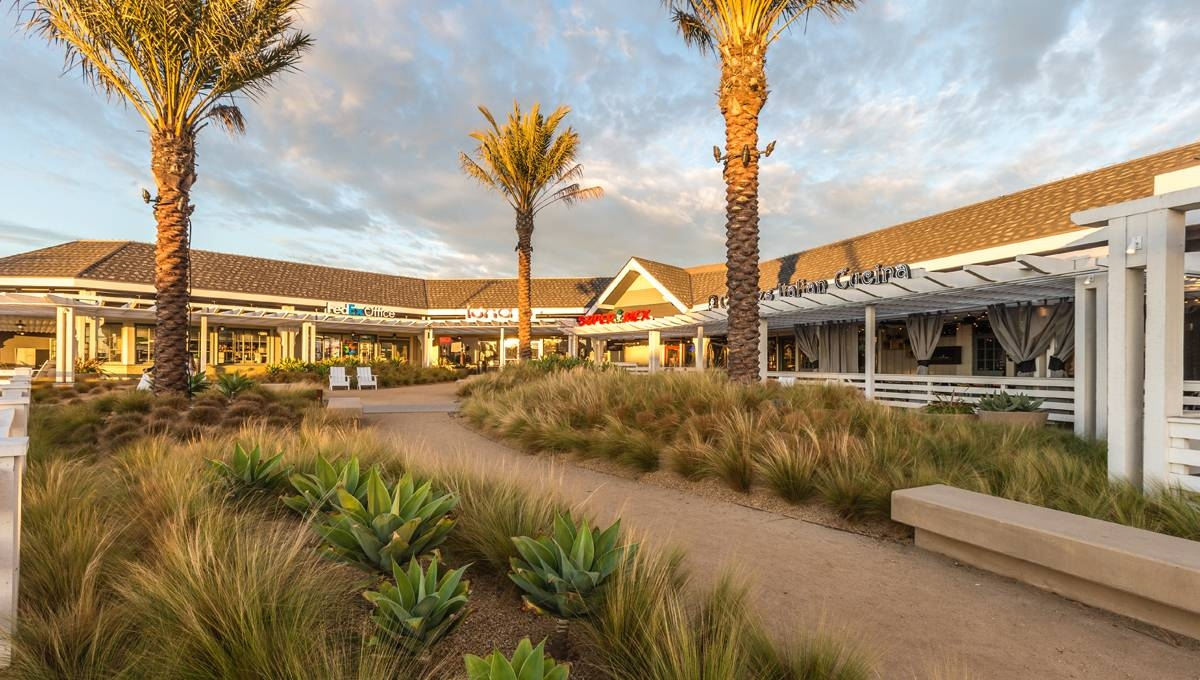 Regency Centers Property Newland Center in Huntington Beach, CA 92648