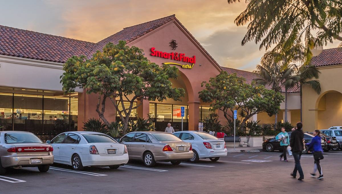 Photo of Regency Centers Property Five Points Shopping Center in Santa Barbara, CA 93105