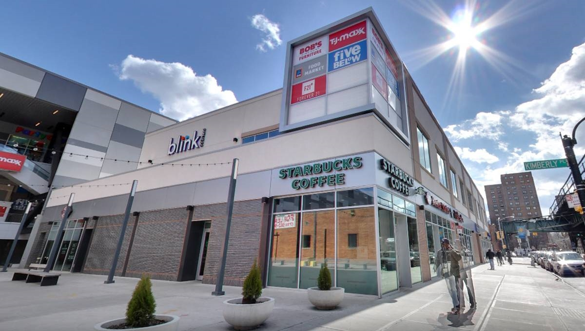 Regency Centers Property Broadway Plaza Outparcel in Bronx, NY 10463