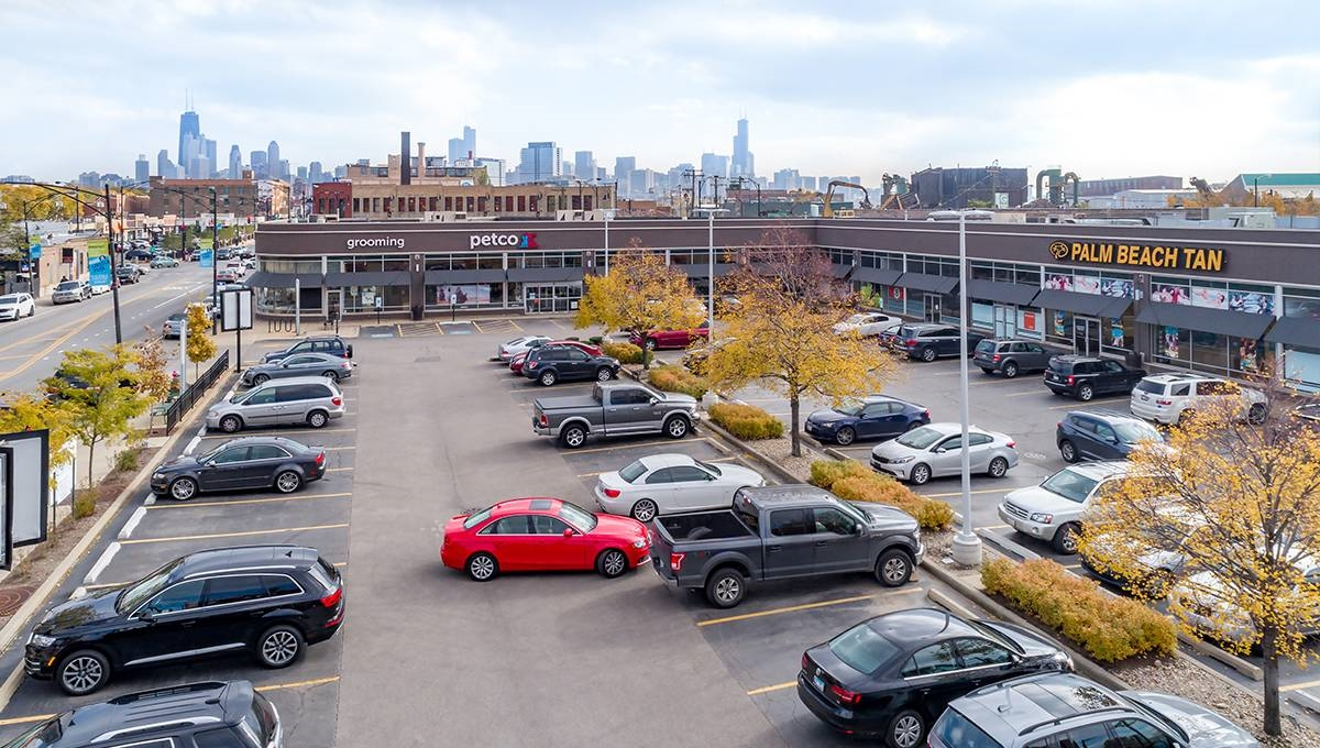 Photo of Regency Centers Property Clybourn Commons in Chicago, IL 60614