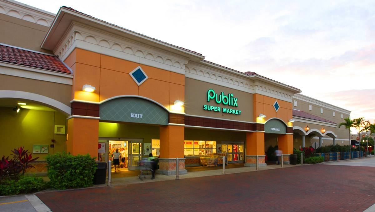 Photo of Regency Centers Property Wellington Town Square in Wellington, FL 33414
