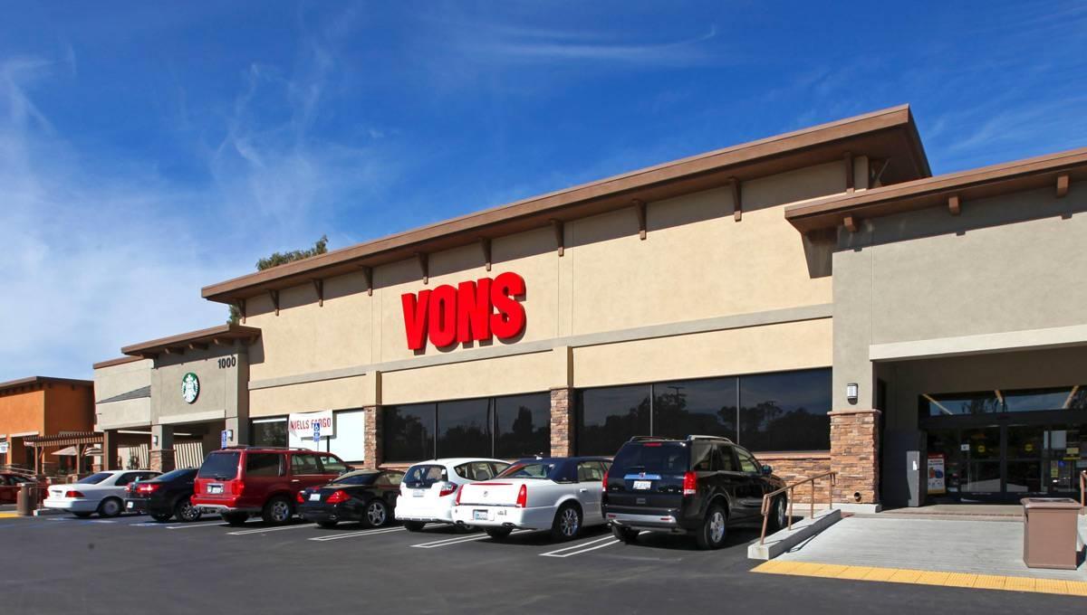 Photo of Regency Centers Property El Norte Pkwy Plaza in Escondido, CA 92026