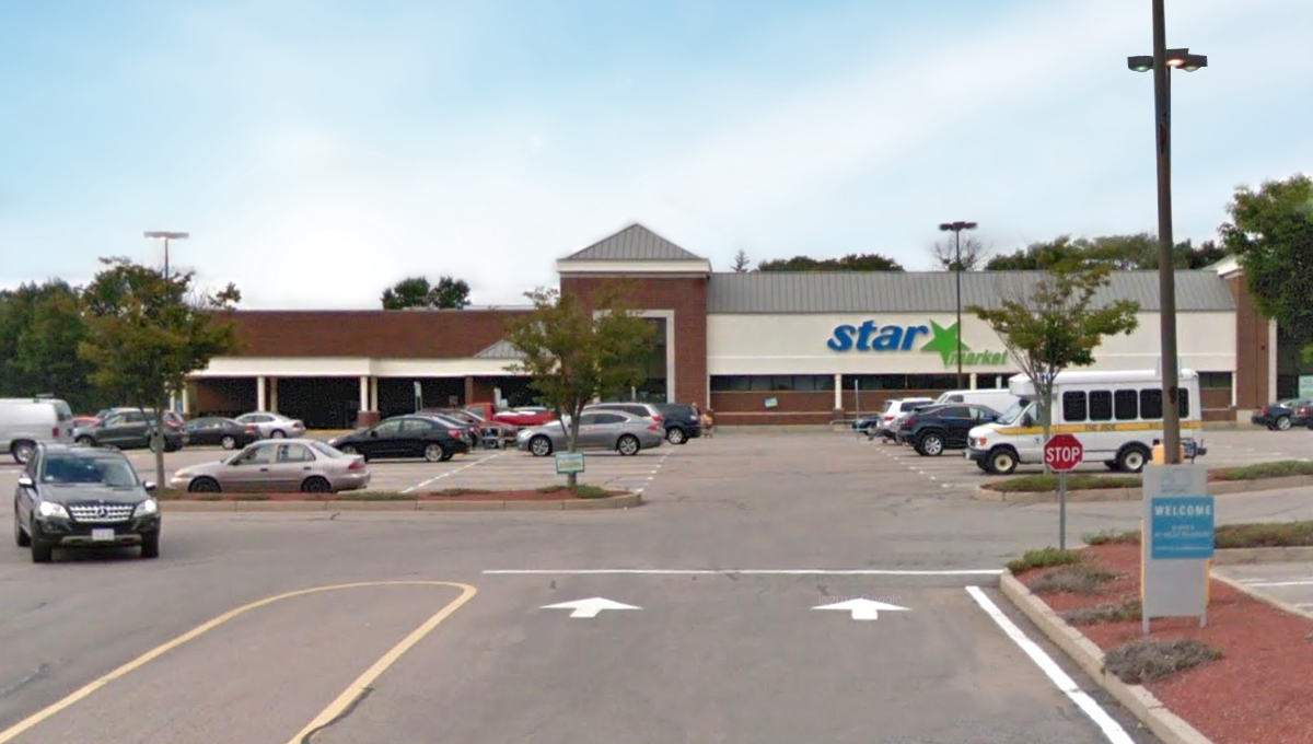 Regency Centers Property Star's at West Roxbury in West Roxbury, MA 02132