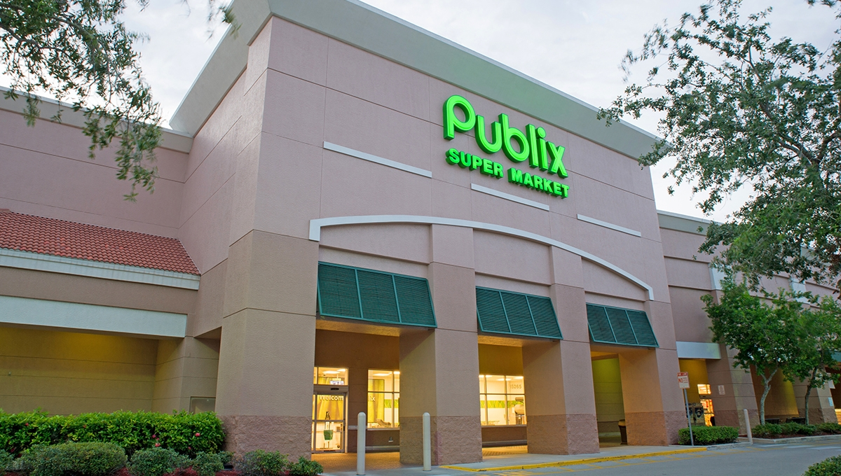 Photo of Regency Centers Property Shoppes of Pebblebrooke in Naples, FL 34119