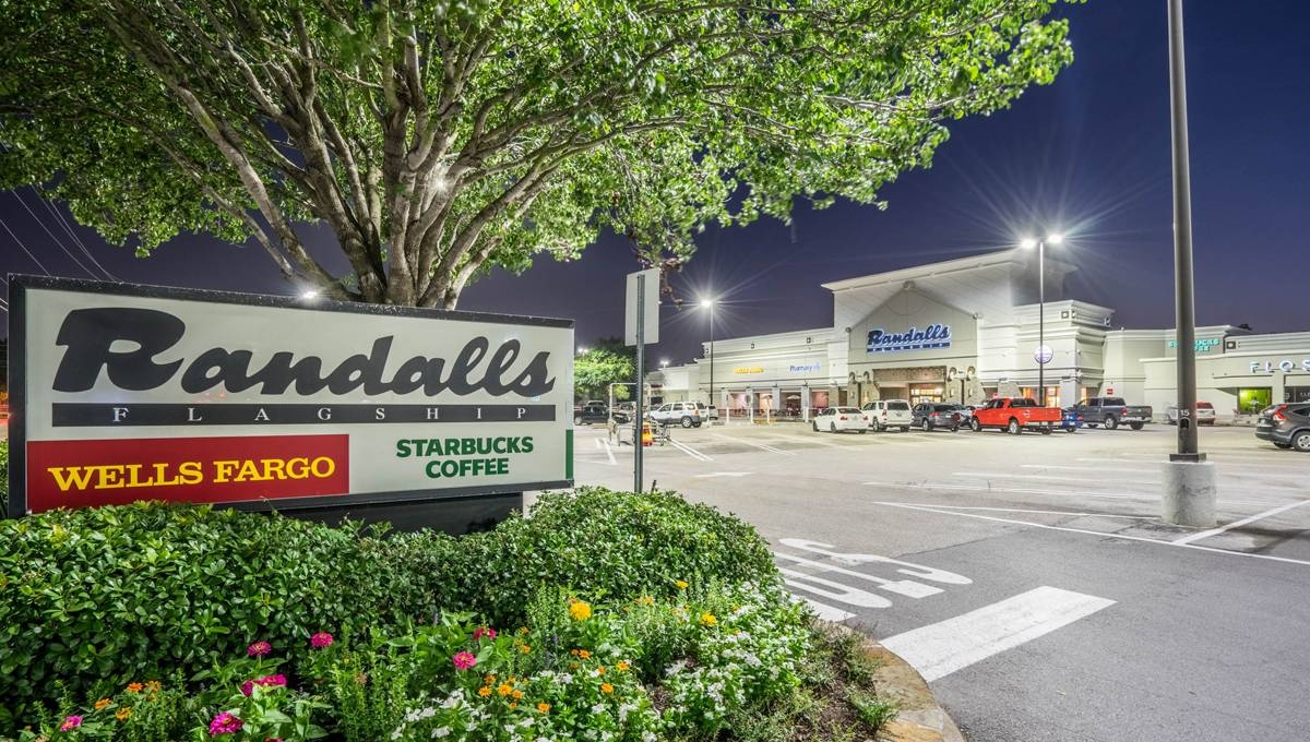 Weslayan Plaza, Houston, TX 77005 – Retail Space | Regency Centers