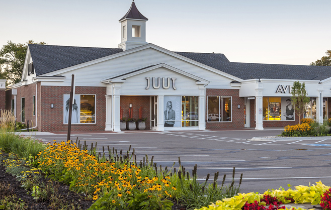 Juut and Aveda at Colonial Square