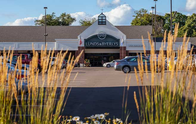 Lunds and Byerlys at Colonial Square