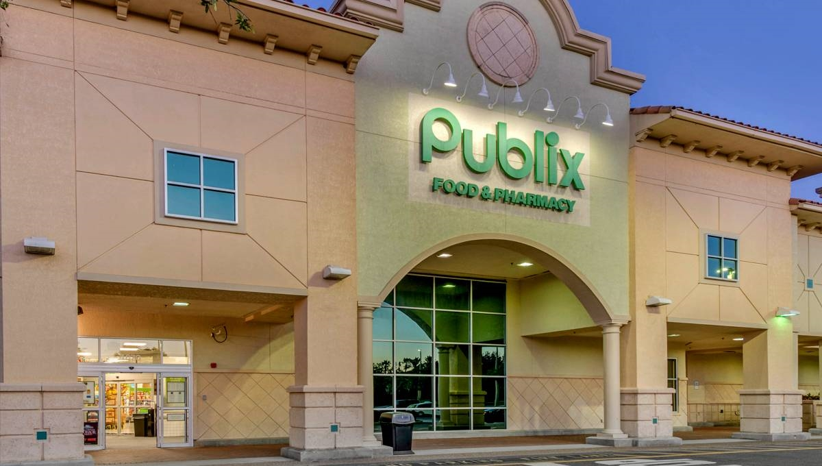 Image of The Grove showing Publix